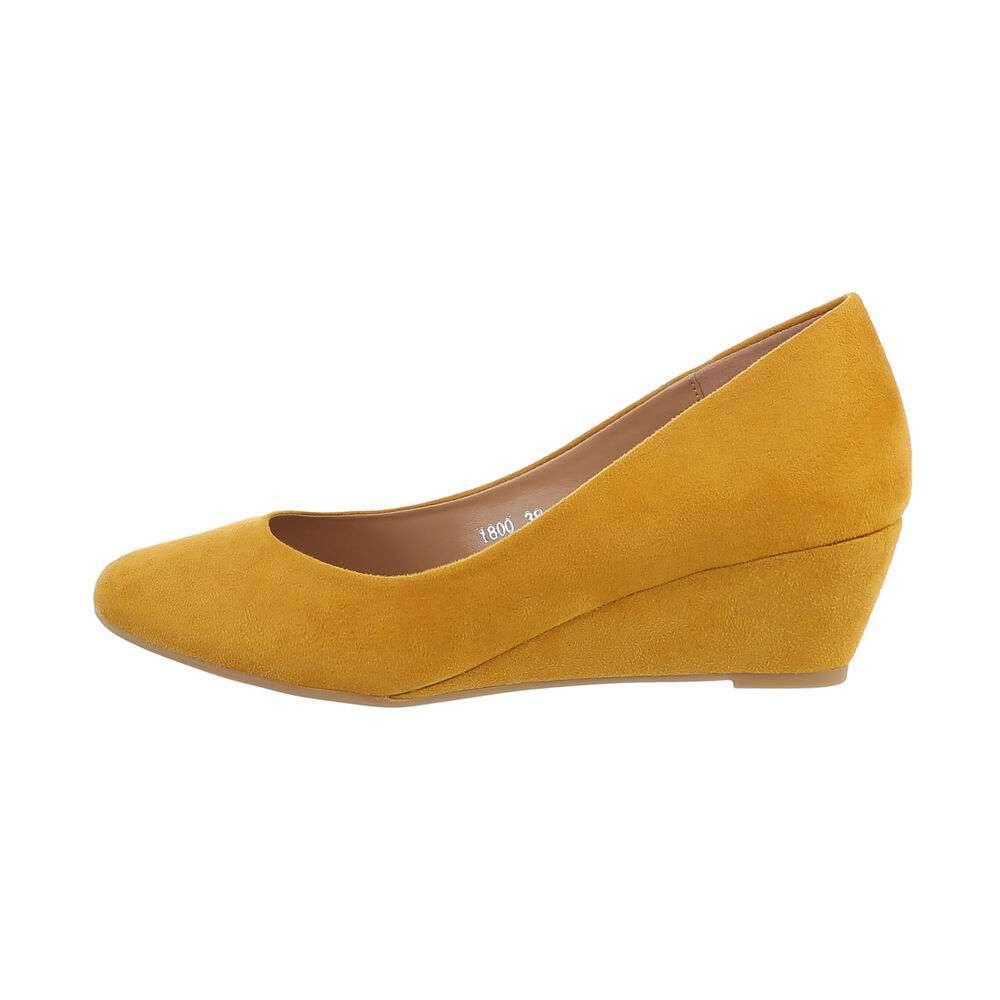 Pantofi cu platformă pentru femei - galbene