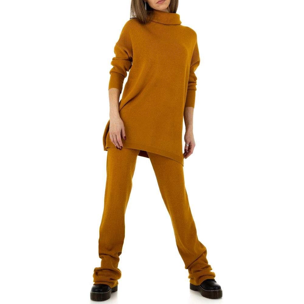 Costum pentru femei de la JCL Gr. O singură mărime - piele