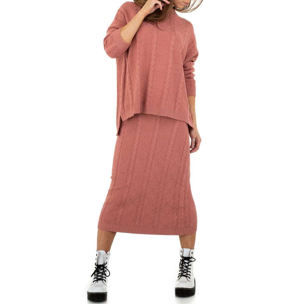 Costum pentru femei de la JCL Gr. O mărime - trandafir