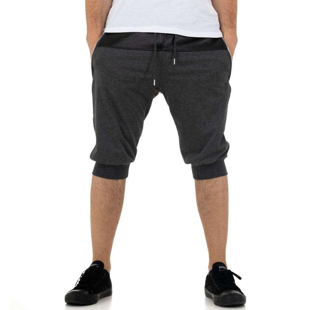 Pantaloni scurți pentru bărbați de la Nature - gri