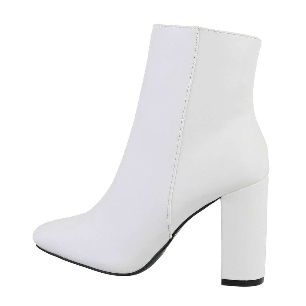 Cizme pentru femei cu toc înalt - alb