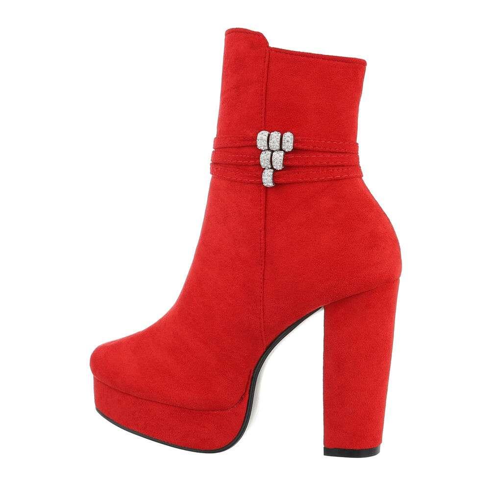 Cizme pentru femei cu toc înalt - roșu