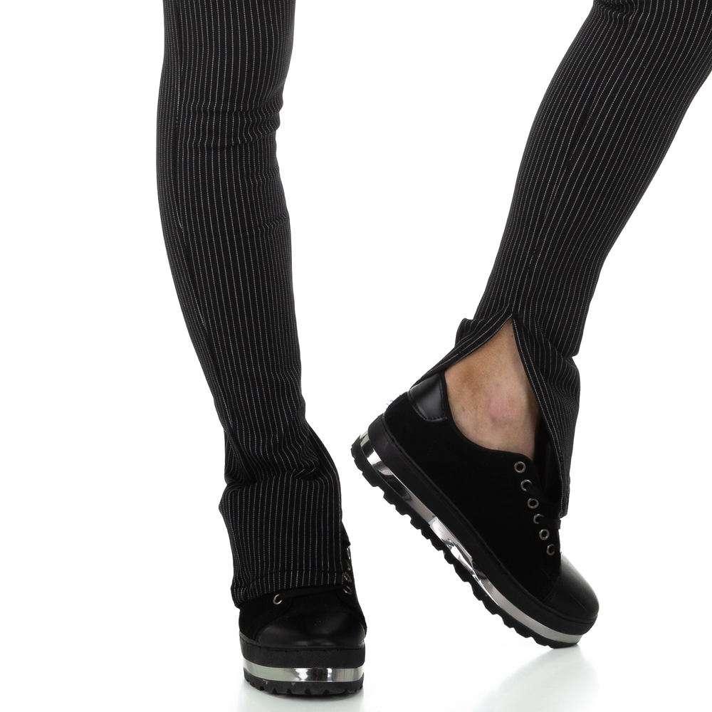 Pantaloni femei Laulia - negri - image 4