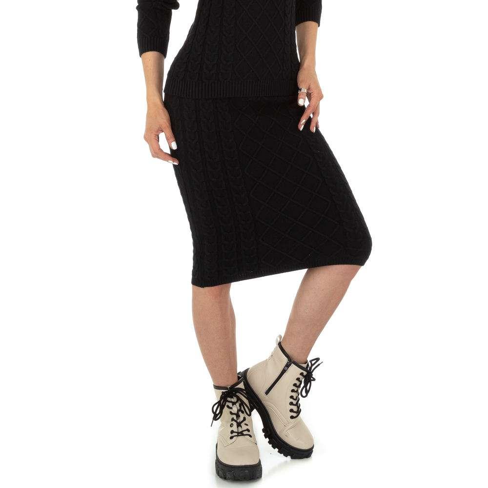 Fustă elastică pentru femei de Glo storye - neagră