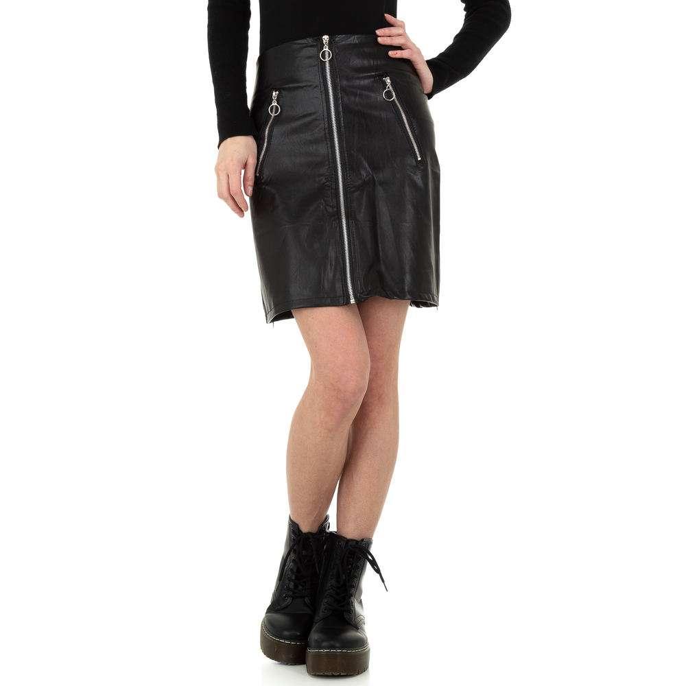 Fustă de piele pentru femei de Holala Fashion - neagră