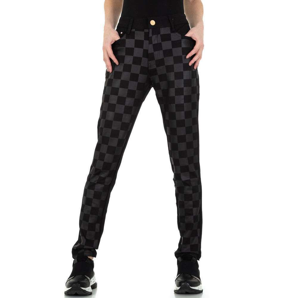 Pantaloni skinny pentru femei de la R.Ping Jeans - negru