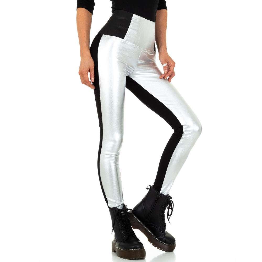 Pantaloni cu aspect piele pentru femei de la Naumy Jeans - blacksilver