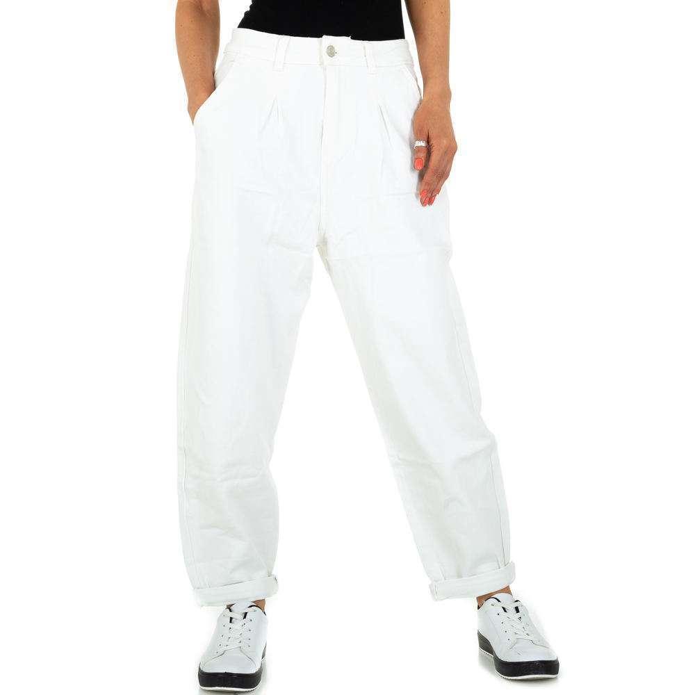 Pantaloni iubiți pentru femei de la Denim colorat - alb