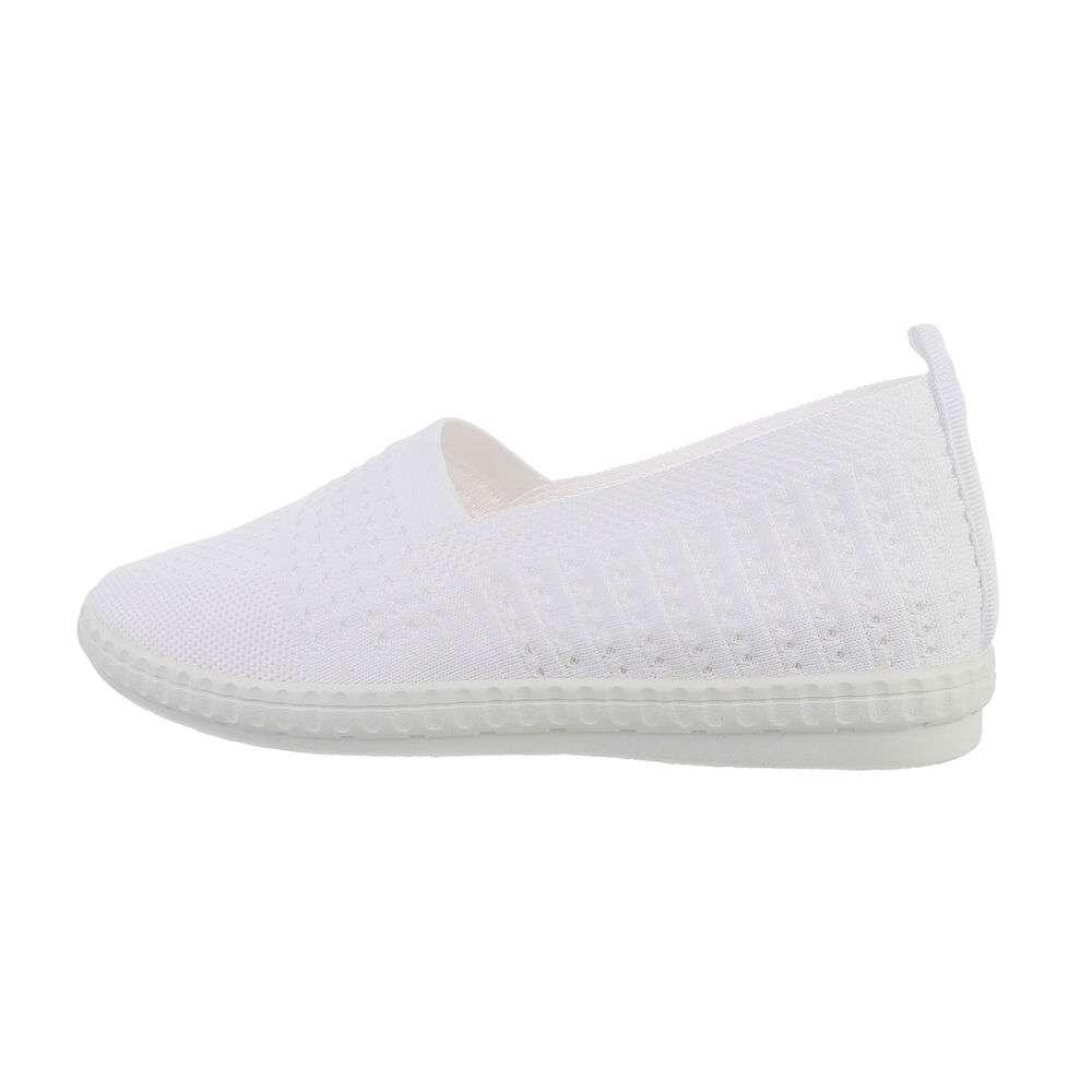 Papuci de damă - albi