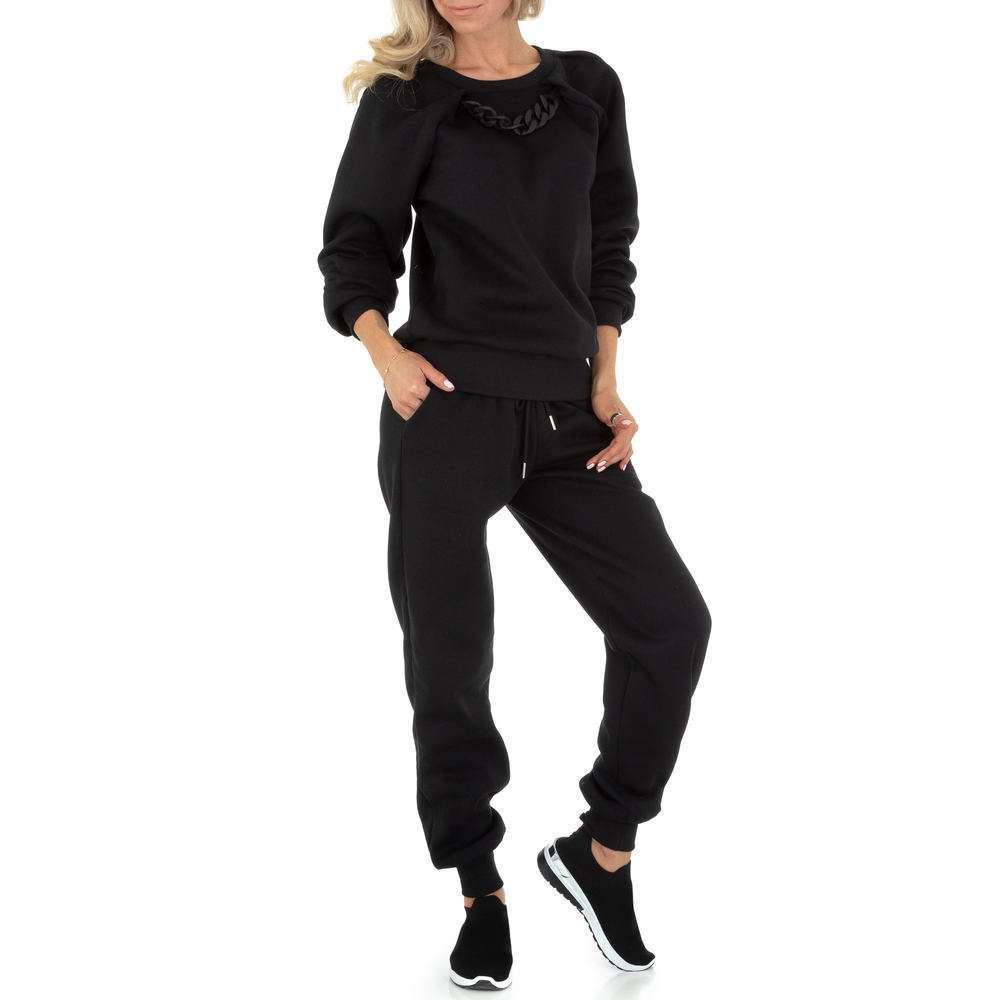 Costum de jogging și agrement pentru femei de Emma & Ashley Design - negru