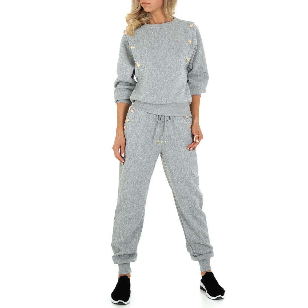 Costum de jogging și agrement pentru femei de Emma & Ashley - gri