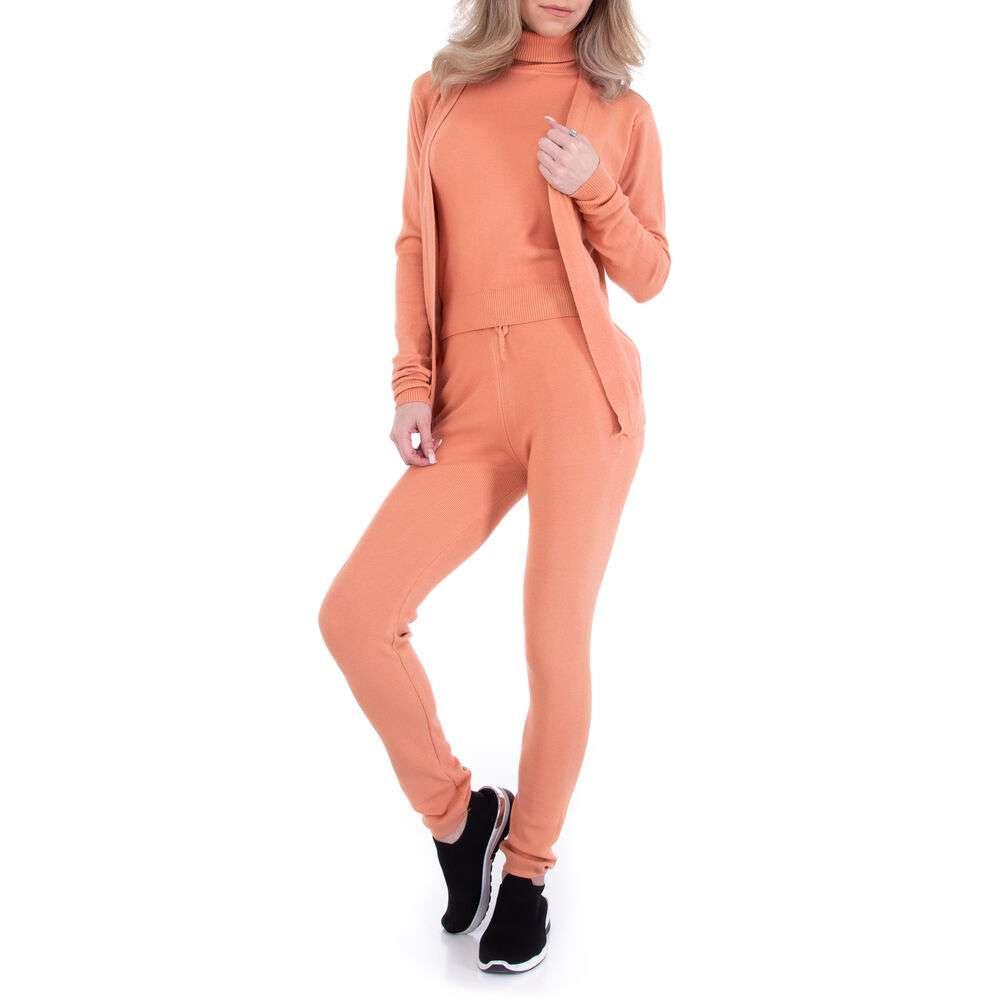 Costum din două piese marca Emma Ashley - orange